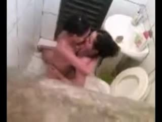 Lesbian caught in toilet fucking Video