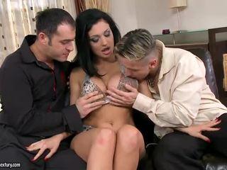 hardcore sex, penetrare dublă, sex în grup