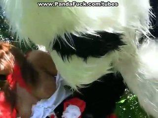 Amusement baise près par mad having sexe jouet
