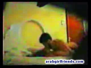 Arab thug hides na tape jeho nezbedný intercourse s horký přítelkyně