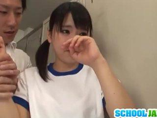 Ιαπωνικό μωρό tsuna nakamura είναι πατήσαμε με two guys