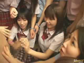 Japán anya teaching szomszéd lányok hogyan hogy fasz videó