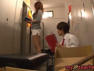 Kaori seksuālā japānieši skolotāja getting