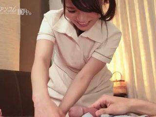 Kde na dotýkať sa a guy na obrat ho na - nana nakamura