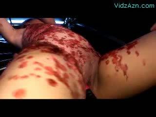 Karikatür islak gömlek tortured ile sıcak wax getting onu seçki fingered stimulated ile vibrators tarafından 2 guys içinde the ğöğüs sikme