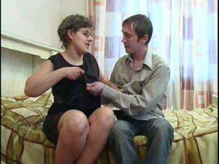 velká prsa, maminky a boys, starší amateur