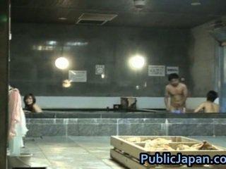 Haruka sasai asiática female gangbangs uno