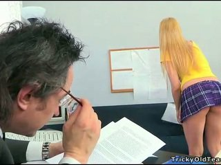 Sexo lesson com hooters professora