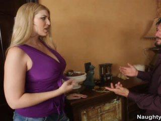 कमबख्त, ओगाज़्म, बड़े स्तन
