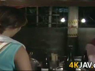 Rijpere japans meisje getting geneukt