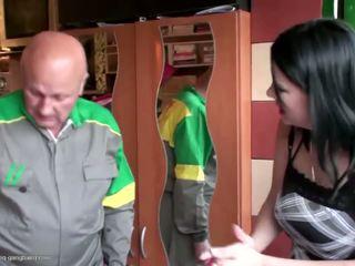 Malaking suso daughter fucked at pissed sa by dads: Libre pornograpya fc