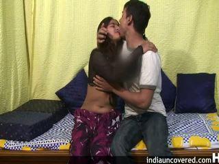 Amatorskie hinduskie nastolatka w jej pierwszy seks scena