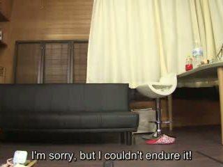 Subtitled 业余 日本语 pee desperation failure 在 高清晰度