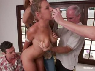 Youngster lizzy london has fucked podle zralý lads
