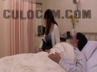 Νοσοκομείο ρόλος παιχνίδι exhibitionist τσιμπούκι μεγάλος ασιάτης/ισσα βυζιά