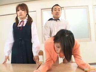 Chefe bangs sua secretária