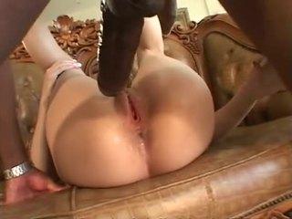 bruneta, orálny sex, vaginálny sex