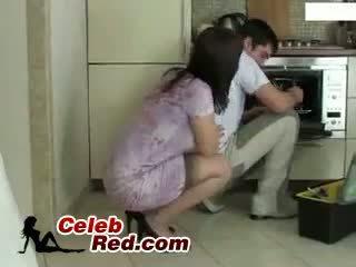 Pembantu rumah repairman pembantu rumah
