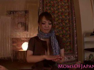 Hitomi tanaka gives sensuel pov massage