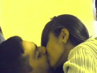 kuradi, imemine, suudlemine