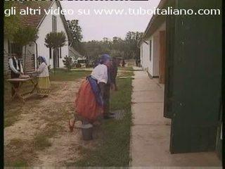 Porca italiana 이탈리아의 단 정치 못한 여자