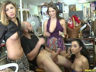 Geri için the mağaza için bazı grup seks