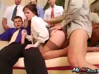 Brunetka anita blue knows co turns men na i t