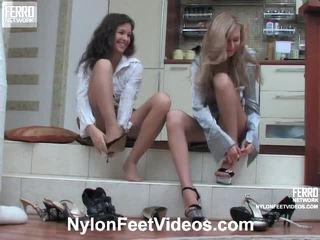 Frances un stephanie uzbudinātas zeķbikses pēdas filma