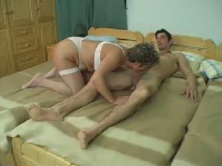 Kova mummi anaali: vapaa kova anaali porno video- f7