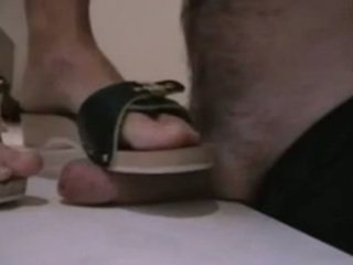 Jerman amatir melakukannya dengan sepatu di berkemann s