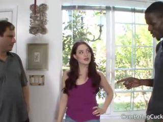 Jessica shows 彼女の 夫 a リアル mans コック