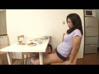 Japonská krok maminka s ne panty