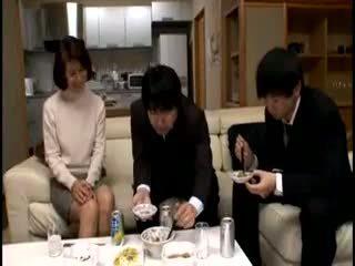 Jap ग्रॉनी सेनसर्ड: फ्री मोम पॉर्न वीडियो c8