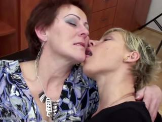 lesbiennes, grannies, matures