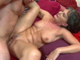 Oma gets ruw seks met jong geil jongen: gratis hd porno 31
