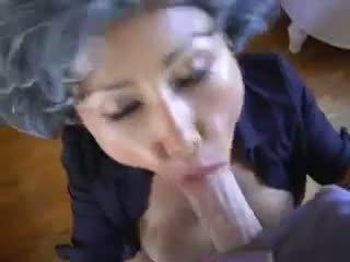 ناضج الآسيوية شاب pervert