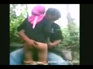 Voyeur - girl fucked by bf in a jungle