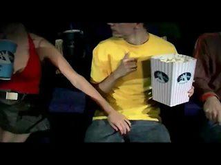 الجنس في سن المراهقة, الجنس المتشددين