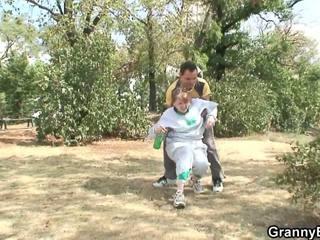 Γριά παππούς είναι healed με ισχύς του του καβλί: ελεύθερα πορνό c4