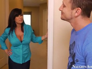 Bigtitted літня lisa ann has got laid