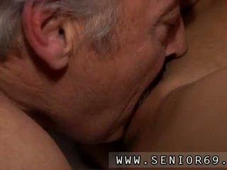Kön tonårs fetish knull bruce en rörig gammal