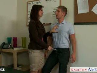 सेक्सी टीचर syren de mer चूसना और बकवास एक बड़ा कॉक