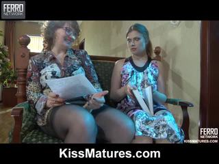 Flo&alana pussyloving mutter onto video