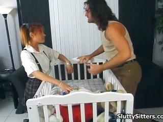 Babysitter likes bis sein twin gefickt