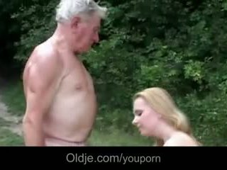 Valtava breasted nuori slut gives ukki epochal naida