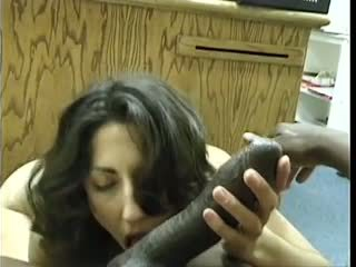Asian-pakistani brunette sucks stor svart dravidian pikk