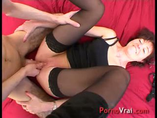A madman fucks the anus of the old! French amateur