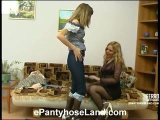 Maria ja etta räpane sukkpüksid liikumine