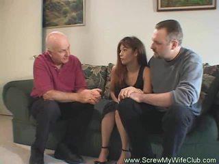 Чоловік approves з його дружина bonking
