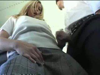 Asiatico guy bianco ragazze interrazziale su il autobus